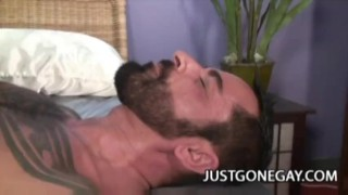 Muscle Black Dude Fucks A White Tattooed Bear Blowjobs hardcore