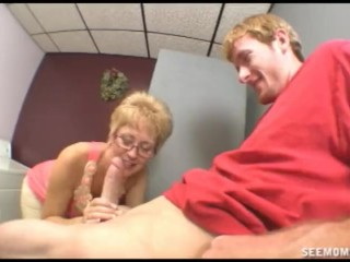 Girlfriend's mom wants to clean his cock with her mouth full of Tide