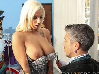 HOT aspiring blonde model Lylith Lavey rides big-dick for work