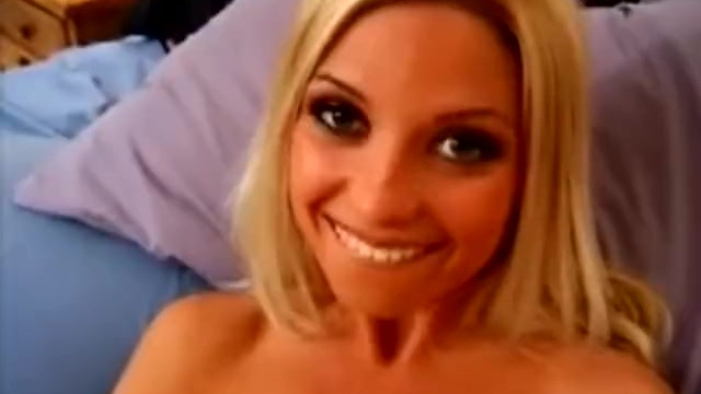Cheerleader blowjob movies Blonde cheerleader masturbating