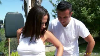 Preview 1 of Big-booty yoga student Jada Stevens gets a sensual massage
