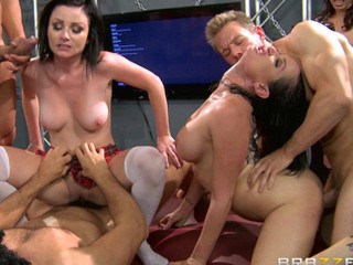 Adult Amateur Porn Sex Video Brazzers LIVE 28 - NEXT Halloween Special 10 - 23 - 2012 - 4pm EST 1pm