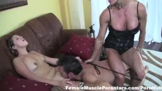 ashlee chambers masturbates in the broken dick ride