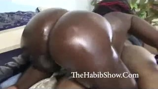 thick chocolate booty bitch from the Chi Fingering small