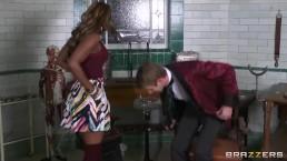 Danny D teaches stunning ebony babe Jasmine Webb to squirt