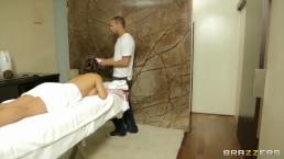 Busty Spanish babe Esperanza Gomez gets a deep tissue massage