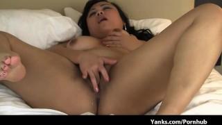 nasty yanks bbw web actress masturbates