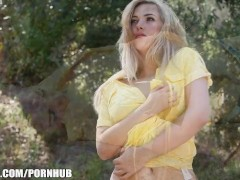 Sophia Knight strips & rubs herself to orgasm outside