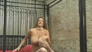 Горячие девушки, наполнить ее горячую киску у камина 1