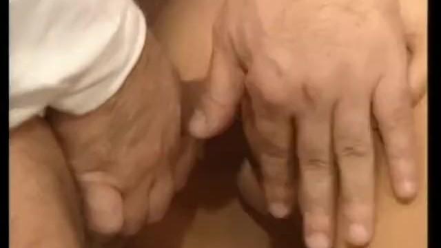 Голые телки видео порно секс с наполеоном затолкать руку