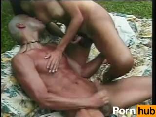 Kamasutra stillinger thai massasje alesund