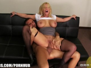 Buffalo Bad Ass Office Slut Shyla Stylez Gets A Good Fuck To Release Stress