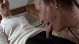 Alte Hure in den Arsch ficken
