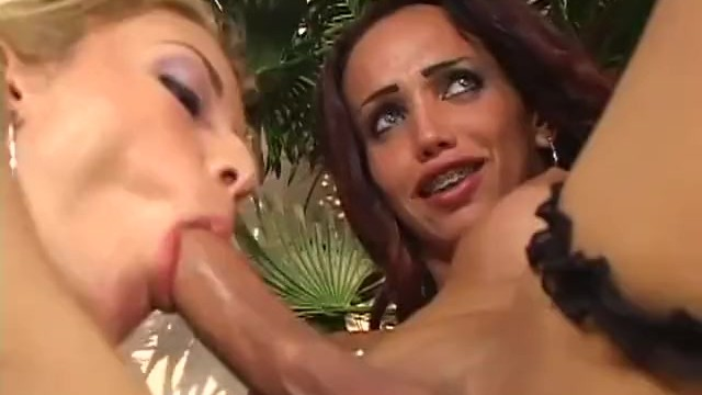 She-Males Fucking Girls Bareback 1 - Scene 1 - Pornhubcom-3575