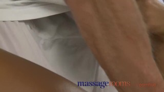 Massage Rooms Black girl orgasms after erotic session porno