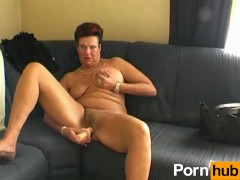 Old woman likes vibration in her pussy