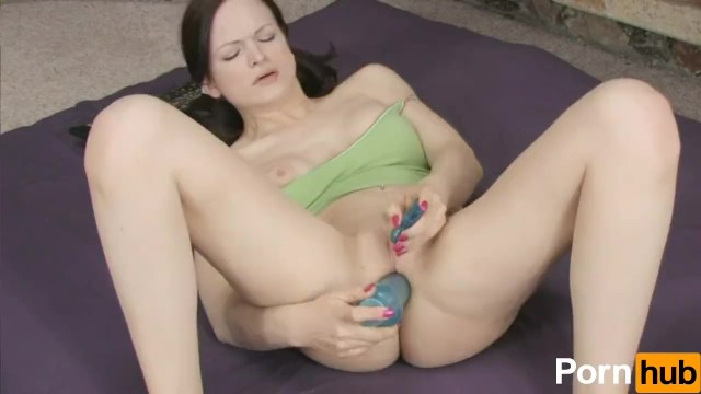 Blue vibrators are used in front of the fireplace 10