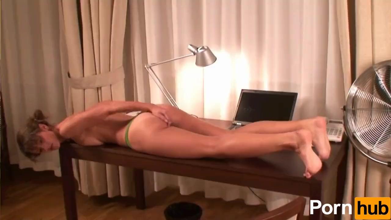 Dva uses a dildo before bed 2