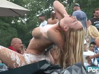 Plumper woman nudist pics