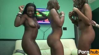 URBAN PARTY GIRLS: FREAKY SEXFEST - Scene 2
