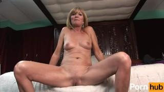 WILD MOM'S & DAUGHTER'S - Scene 3 Striptease ebony