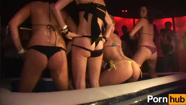 nahé dievča mačička sex
