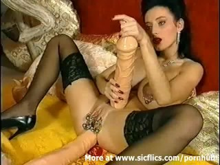 Huge anal dildo fucking Queen of extreme
