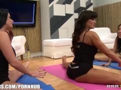Brazzers LIVE Yoga FLEX – Next Show 03-20-2013 4pm EST 1 pm PST