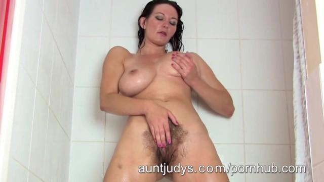Super Hot Milf Vanessa Takes A Hot Shower - Pornhubcom-6520