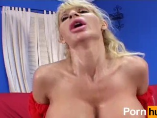 Carolshene Calofornia Exotic Stripper Fucking, Large And Sexy Boobs Creampie