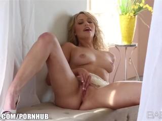 Curvy blonde model Mia Malkova masturbates and cums