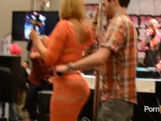 PornhubTV Mellanie Monroe Interview at 2013 AVN Awards