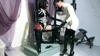 Morbide nonnentraume - Scene 2 Tits kissing