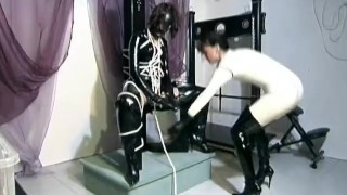 Nonnentraume scene morbide  costume boots