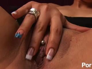Skinny nude women clips