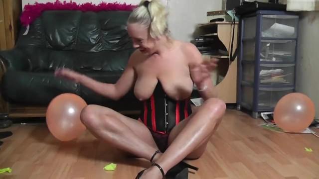 Sookie Blues balloon popping. fetish