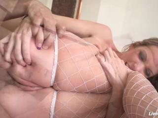 LiveGonzo Courtney Cummz Anal Sex Slut