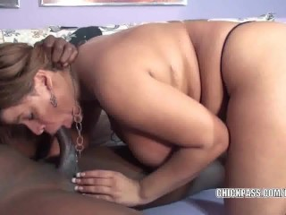 Latina MILF Angel is swallowing a stiff black cock