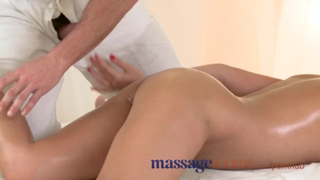 Spunk buddies - Massage rooms wet zuzana has deep orgasm before getting a heavy spunk load