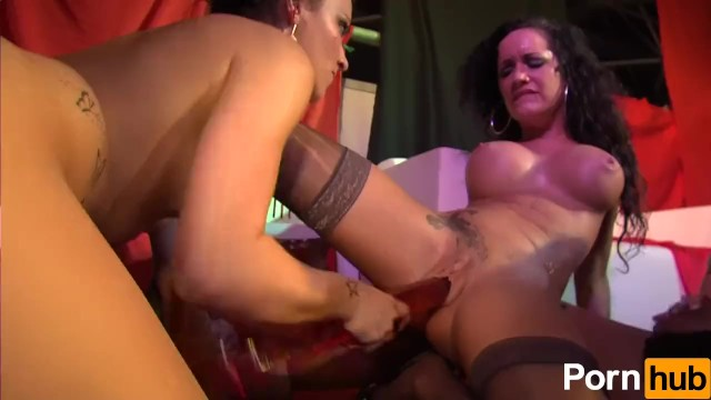Milky orgasm Jordanne kali and penelope tiger cum hard in this public fuckfest