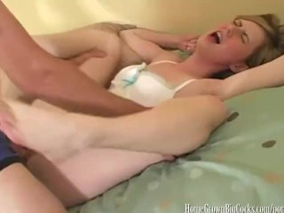 Huge boobs rubbing pussy amateur
