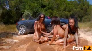 Having pink kali nina roberts the in naty fun mud jordanne pornhub.com heels