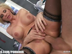 Brazzers - Submissive Blonde Doctor Finds A Patient To Fuck Her Brains Out