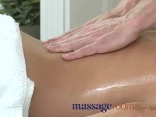 Shemail Feet Massage Rooms Hot Milf Enjoys Big Oily Fingers Deep In Her Juicy Wet Pussy