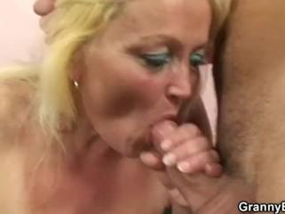 Sweet girl gets fucked