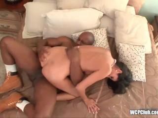 Cougar loves big black cock