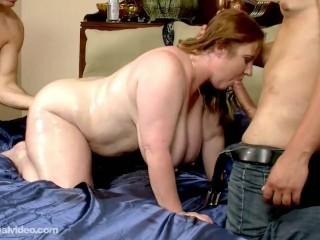 Preview 5 of Slutty Plump MILF Seana Rae Fucks Her Sons Friends