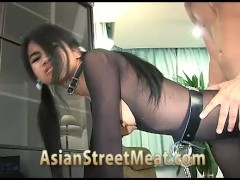 Thai Street Girl Anal For Next Meal