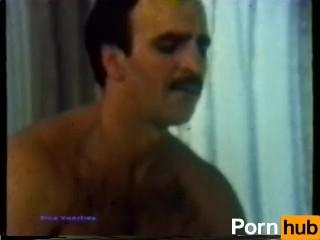 Free girls pucking on dick videos