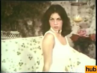 Softcore nudes 524 1970's - scene 2
